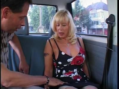 frauen beim masturbieren Backnangwenn hunde lecken Berlin
