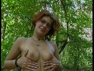 Wald nackt geschichte im Allein im